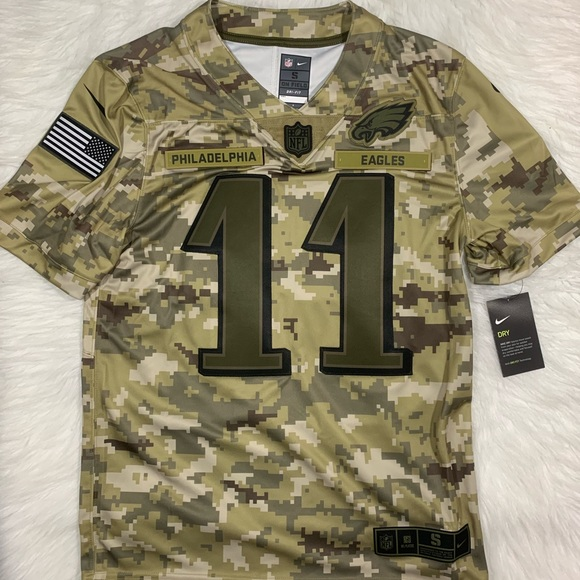 sports shoes 88423 e22b3 Nike Eagles Carson Wentz Salute To Service Jersey NWT
